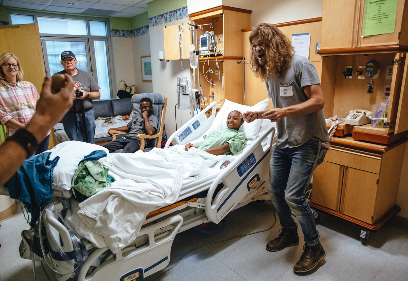 Bringing Live Music S Power To Hospital Rooms